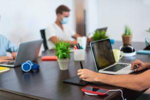 coworking-tiers_lieux-freepik